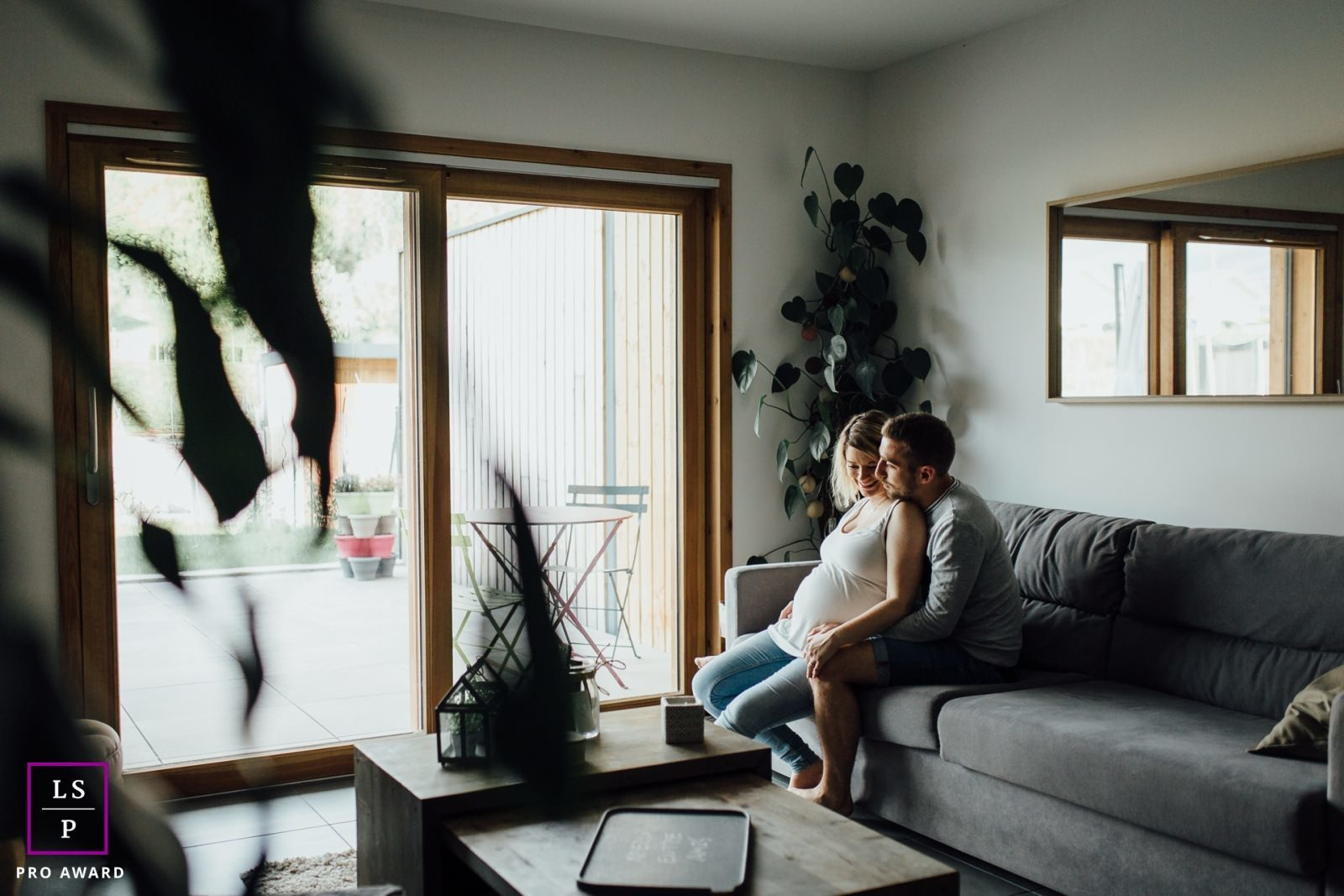 photographe grossesse future maman maternité à domicile lifestyle chambéry savoie
