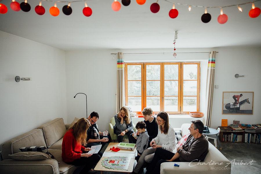 photographe séance photo famille lifestyle 3 générations à domicile Chambéry