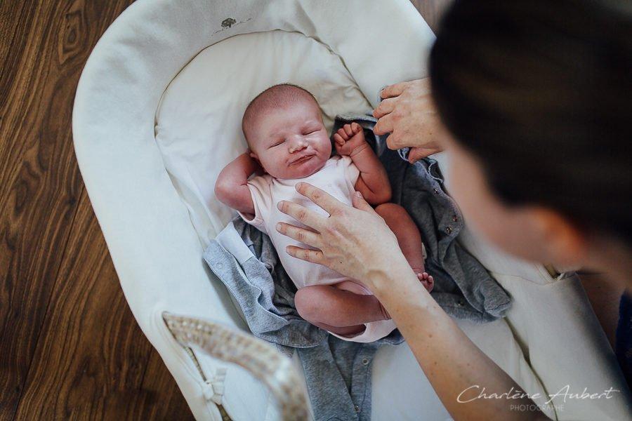séance photo nouveau-né à domicile dans coufin au naturel chambéry savoie