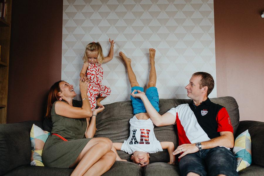 Séance photo famille à domicile portrait à 4 chambéry savoie