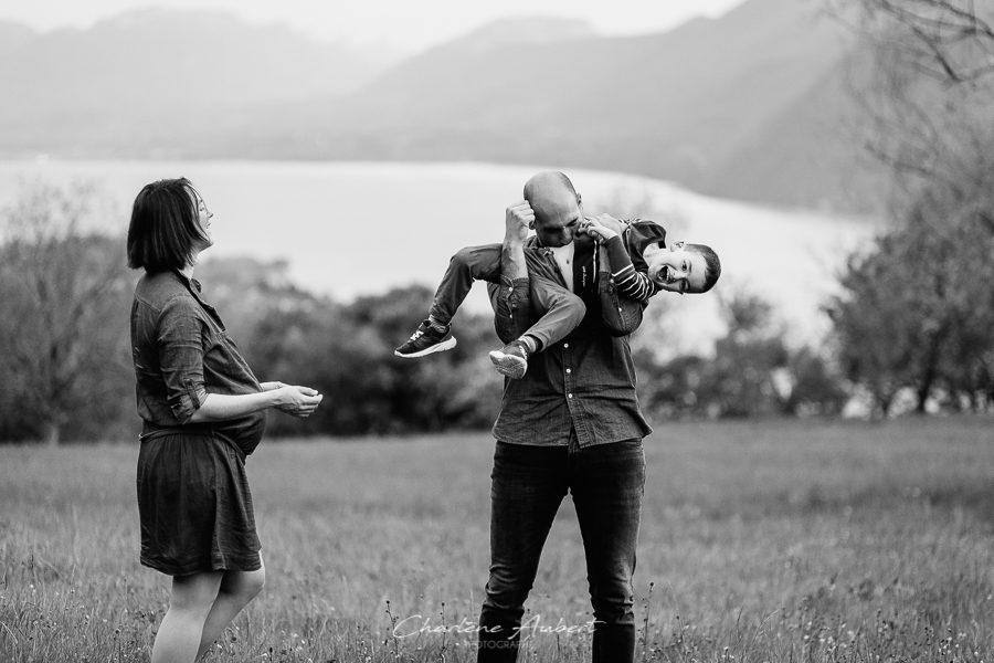 séance photo grossesse future maman maternité famille en exterieur lac du bourget savoie chambéry
