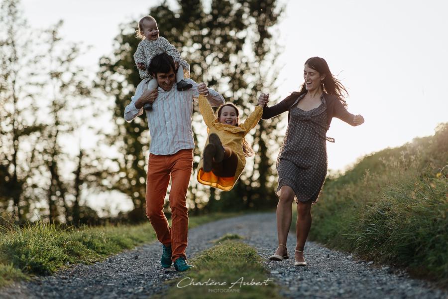 photographe-famille-savoie-charleneaubert (18) .jpg