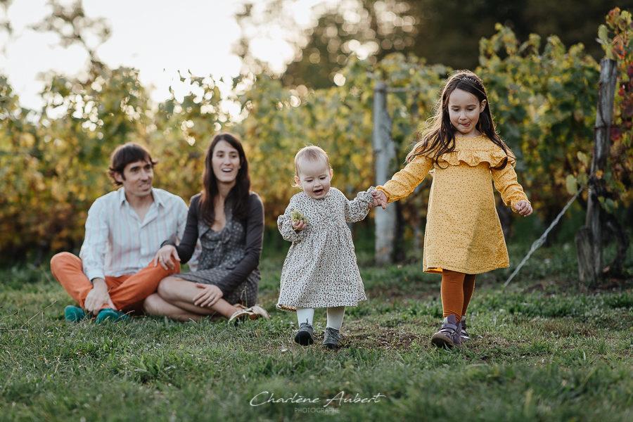 Séance photo famille en extérieur portrait fratrie chambéry savoie