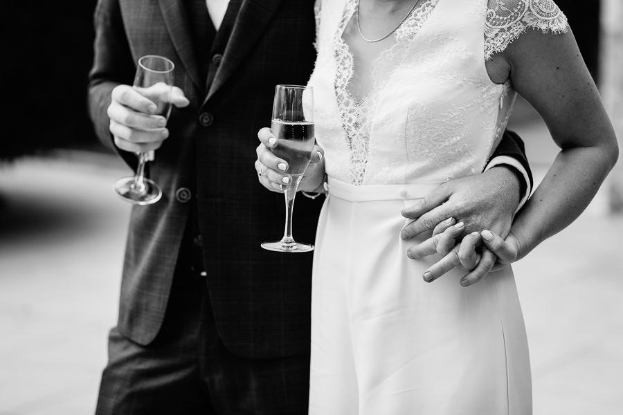photographe-mariage-chateau-de-servolex-chambery-charleneaubert (46).jpg