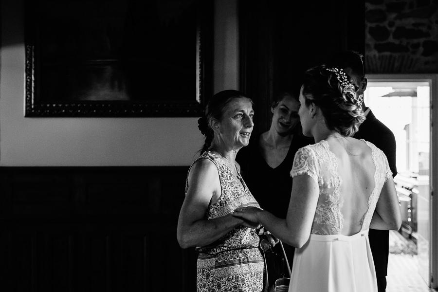 photographe-mariage-chateau-de-servolex-chambery-charleneaubert (69).jpg