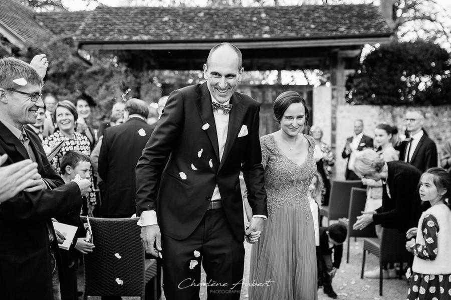 photographe mariage savoie la médicée Annecy Chambéry sortie cérémonie laïque
